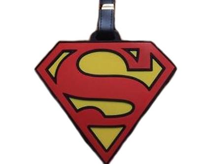 תג שם לסימון התיק / המזוודה | תג לסימון התיק | קישוט לתיק | מתנה שימושית | סופרמן |