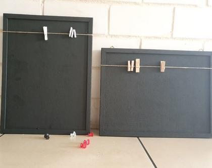 לוח שעם שהוא גם מגנטי צבוע שחור. לוח אחד או רוחב או גובה