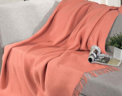 כירבולית רכה מצמר מרינו בצבע אפרסק שמיכת צמר שמיכה להגנה מהקור שמיכת טלוויזיה מצמר עיצוב סלון שמיכת צמר שמיכה חורפית מתנה לאמא