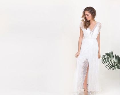 שמלת כלה קלילה תחרה עם שסע