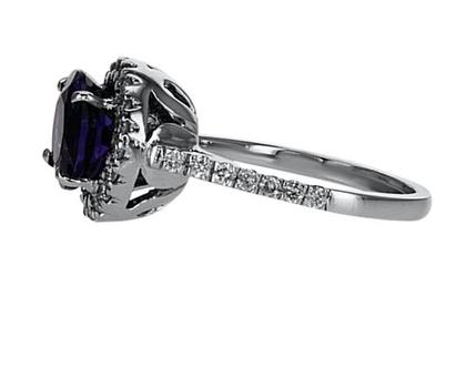 טבעת אמטיסט 2.97 קראט, זהב-לבן 18 קראט, משובצת 0.74 קראט יהלומים