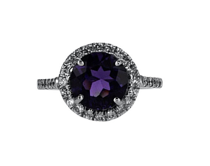 טבעת אמטיסט עם יהלומים בזהב לבן 18 קראט