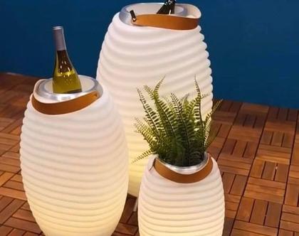 קודו - גוף תאורה ורמקול עוצמתי עם מקום אחסון לקרח/שתיה/צמחיה