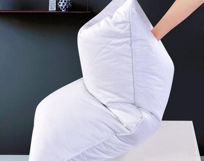 """מבצע כרית פלומה רכה ומפנקת במיוחד. 2 כריות ב 249 ש""""ח, כרית שינה אידאלית לבעיות צוואר דרגת תמיכה רכה חומר המילוי נוצות עדינות"""