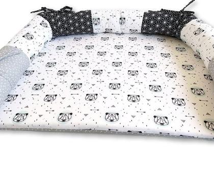 משטח החתלה | משטח החתלה לתינוק | משטח לשידת החתלה | מזרן החתלה | מזרון החתלה | משטח החתלה דו צדדי עם נחשוש | פנדה טורקיז שחור אפור לבן