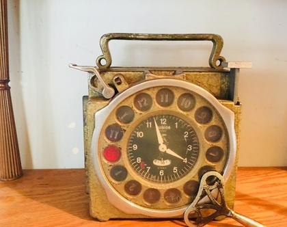 שעון נדיר לתחרויות יונים שנות ה-50.