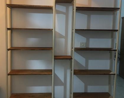 ספריית ברזל מעוצבת בשילוב עץ בלבן!!!