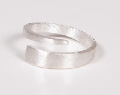 טבעת כסף 925 מלופפת ומלוטשת גס