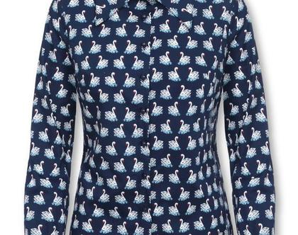 חולצה כחולה מכופתרת עם הדפס ברבורים ושרוולים ארוכים (אמנדה)