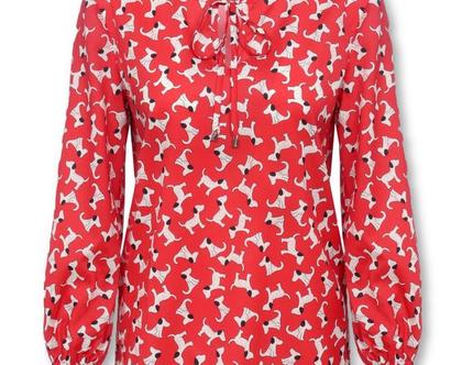 חולצה אדומה עם הדפס כלבלבים ושרוולים ארוכים (נלי)