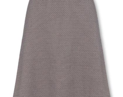 חצאית אפורה בהירה בגזרה גבוהה עם חגורה במותן (אליזה)