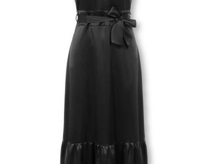 שמלת מקסי שחורה מבד מבריק ללא שרוולים (אלי)