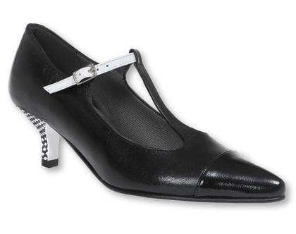 """נעלי עקב 5 ס""""מ בצבע שחור ורצועת כסף (נעלי בל)"""