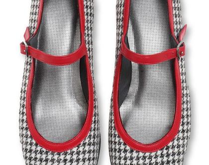 """נעלי עקב 3 ס""""מ בהדפס פפיטה ורצועה אדומה (נעלי סינדרלה)"""