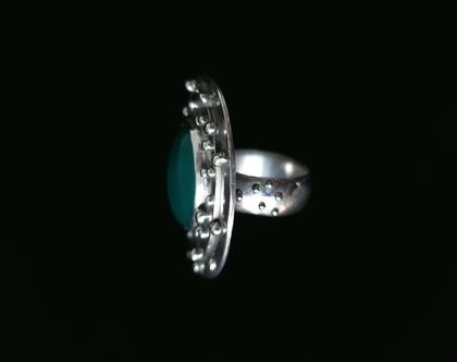 טבעת מכסף 925 עם אגת ירוק