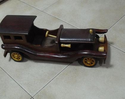 מכונית צעצוע וינטג' עץ גדולה עבודת יד צביעת יד מתנה לילד / ילדה קלאסי עיצוב דקורטיבי לבית למשרד