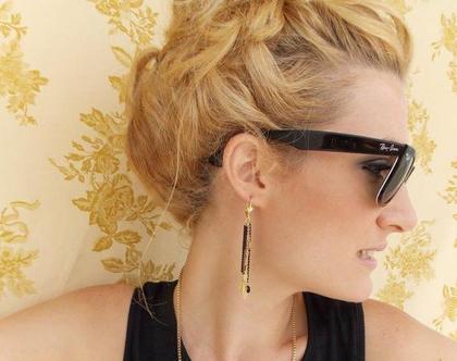 עגילי black fall - שילוב שרשראות זהב ושחור עם עלים