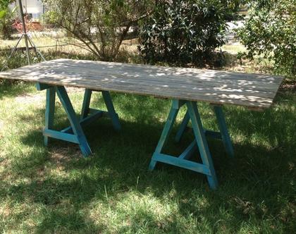שולחן חמורים