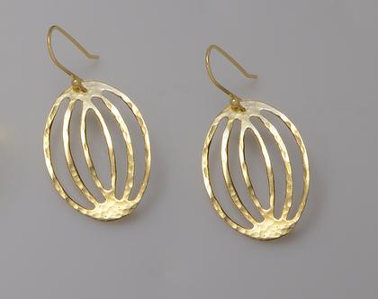 עגילי זהב מיוחדים, עגילים זהב, עגילי זהב מרוקעים, עגילי זהב מיוחדים, עגילי זהב תלויים, עגילי זהב עבודת יד, עגילי זהב מתנה, עגילי זהב עדינים