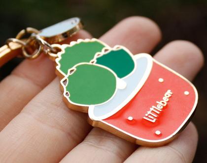 מחזיק מפתחות - קקטוס בעציץ אדום