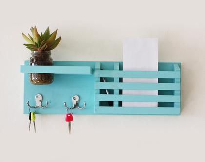 מתלה מפתחות מעוצב דגם ״ענבל״- תכלת, עיצוב הכניסה לבית, אירגונית לדואר, אגרטל.