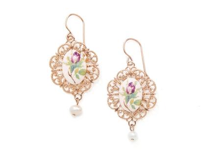 עגילי פרח תלויים בסגנון וינטאג׳י, עגילים תלויים, עגילים ארוכים, עגילי פרחים, עגילים רומנטיים, עגילים מיוחדים
