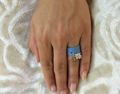 טבעת מעוצבת מעור