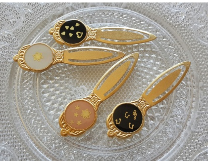 סימניות מעוצבות לספר בציפוי זהב - מתנה למורה