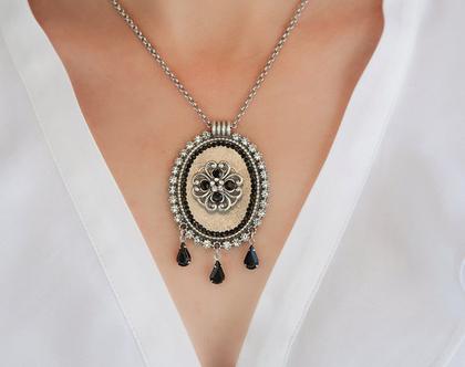 שרשרת עם תליון בסגנון וינטג', שרשרת כסף בשילוב קריסטלים, תכשיטים בעיצוב מיוחד, מתנה ליום הולדת