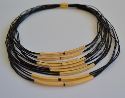 שרשרת חוטי עור בשילוב צינורות