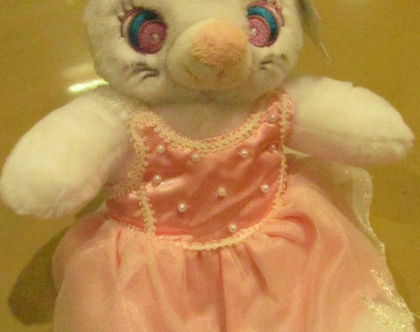 בובת פרווה חתולה בשמלה ורודה מדהימה