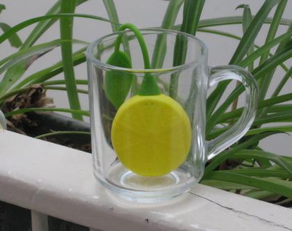 תיון בצורת לימון ועלה ירוק מפלסטיק גמיש