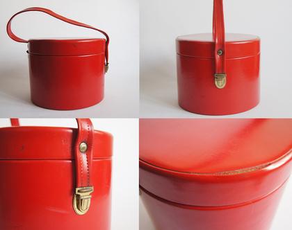 תיק/מזוודה לאיפור אדומה וינטג' 40% הנחה | מזוודת איפור עגולה אדומה סיקסטיז