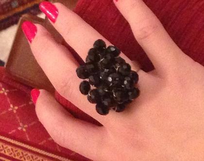 טבעת קריסטלים שחורים