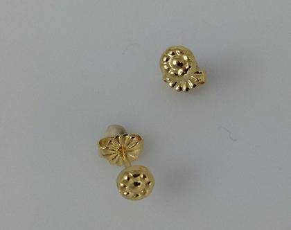 עגילים צמודים פרח זהב I עגילים צמודים זהב I עגילים צמודים עדינים I עגילי זהב צמודים קטנים