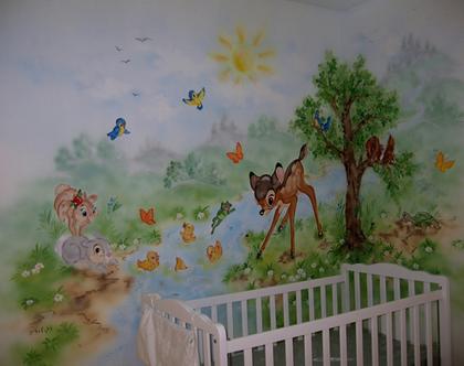 ציור קיר במבי וחיות יער