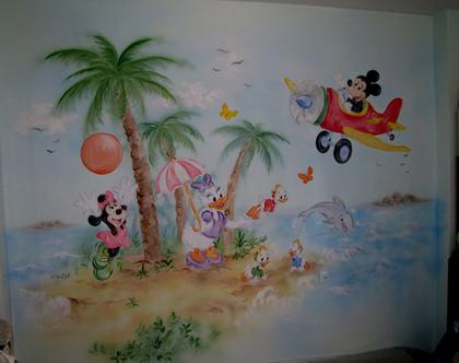 ציור קיר מיקי ומיני מאוס וחברים