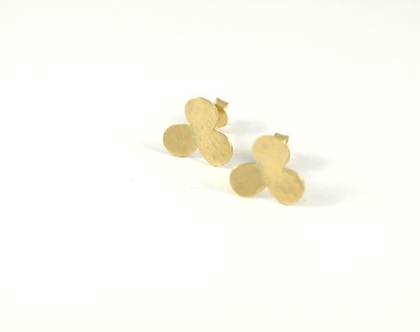 עגילי זהב צהוב מרוקעים דגם תלתן
