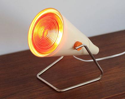 מנורת לילה וינטאג׳ עם אור אדום