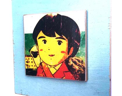 מרקו, ילד חסר מנוחה על עץ ממוחזר  חדר ילדים מתנה עיצוב 