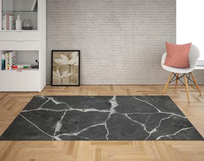שטיח פי וי סי מעוצב שיש אפור כהה עם עורקים לבנים | שטיח פי.וי.סי PVC | שטיח לבית | שטיח למטבח שטיח לחדר