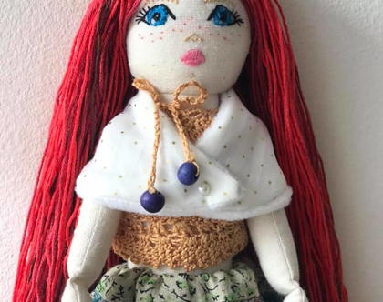 """בובה בעבודת יד לילדים, לאספנים, למתנה - Winter queen """"LEA"""""""