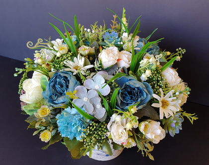 סידור פרחים מלאכותיים | סידור פרחי משי | פרחי משי מעוצבים | קישוט לבית | מתנה לחג | זר לבן | זר פחים מלאכותיים| פרחים לחג