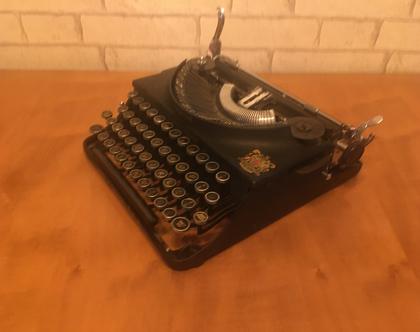 """מכונת כתיבה """"אימפריאל"""" עתיקה ויפהיפיה"""