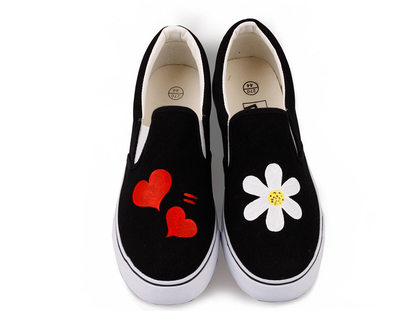 סניקרס לנשים סניקרס לנערות נעליים לאימהות, דגמים שובבים מיוחדים לא סימטריים בעבודת יד (מידה 35 מתאים למידות 33-34 ישראליות)