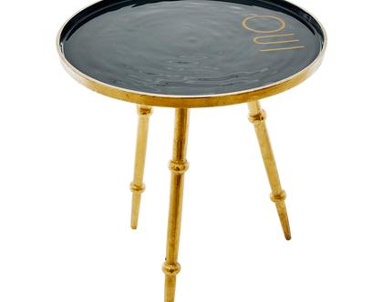 """שולחן מתכת אפור כהה גדול עם כיתוב""""OUI"""""""