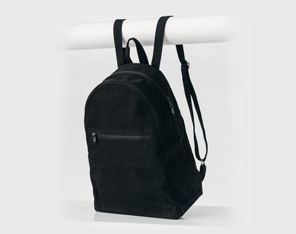 תיק גב שחור | Zip Backpack |