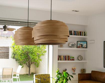"""מנורת תלייה """"מעונן חלקית"""", מפורניר במבוק, מנורת תקרה,  מנורת תקרה בעבודת יד. אהיל פורניר."""