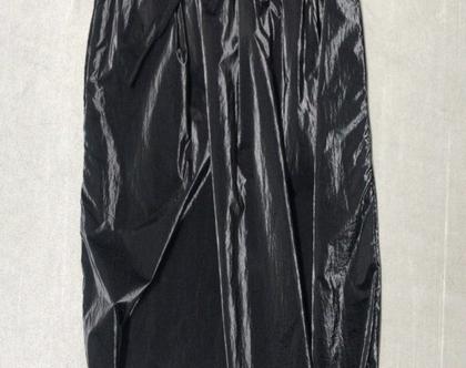 חצאית ניילון, חצאית שחורה, חצאית מבריקה