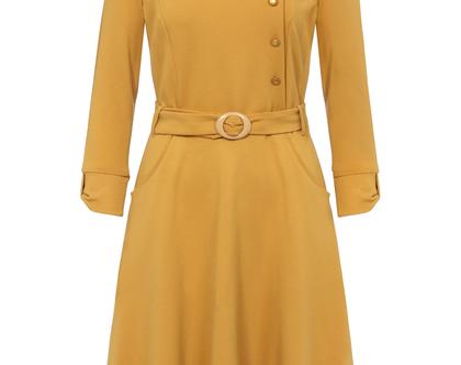 שמלה חורפית בצבע חרדל עם חגורה במותן (זואי)